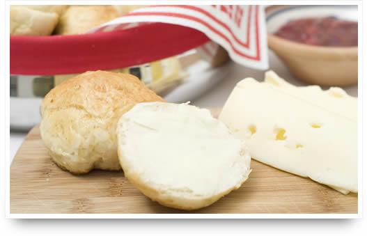 Broodjes met Deense boter, kaas en jam